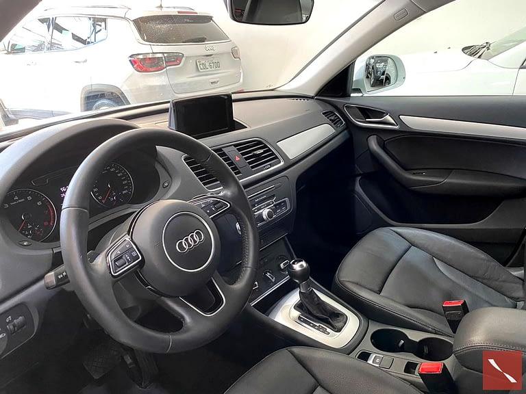 Audi Q3 Attraction 2016/2017