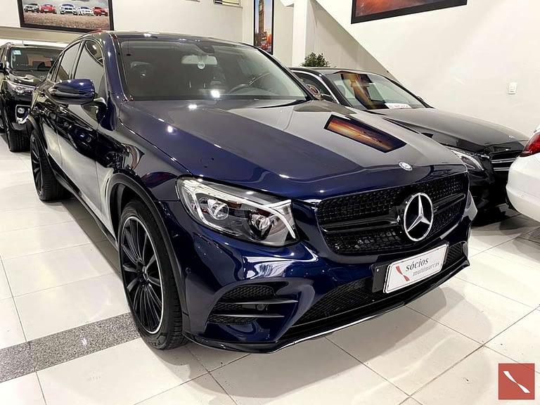 Mercedes-Bens COUPÉ 4MATIC 9G-TRONIC
