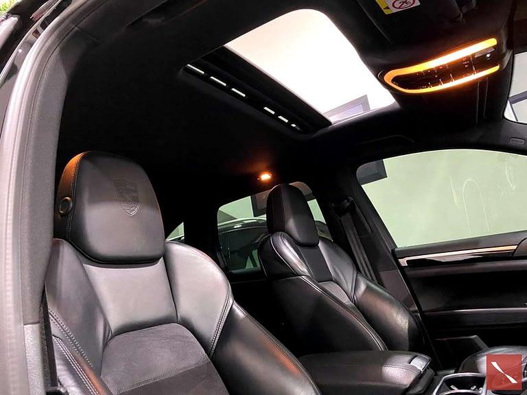 Porsche Cayenne Platinum Edition 4X4 V6 2017/2018