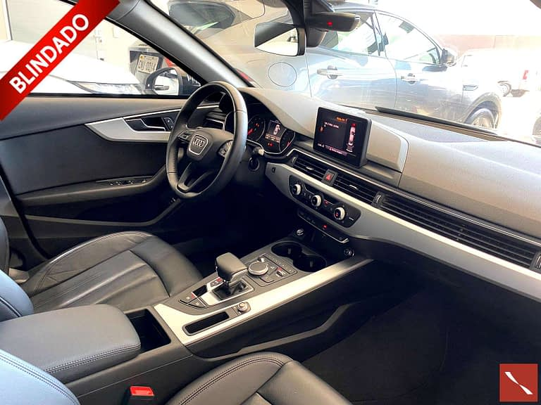 Audi A4 2.0 TFSI Attraction